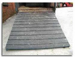 The horsebox ramp