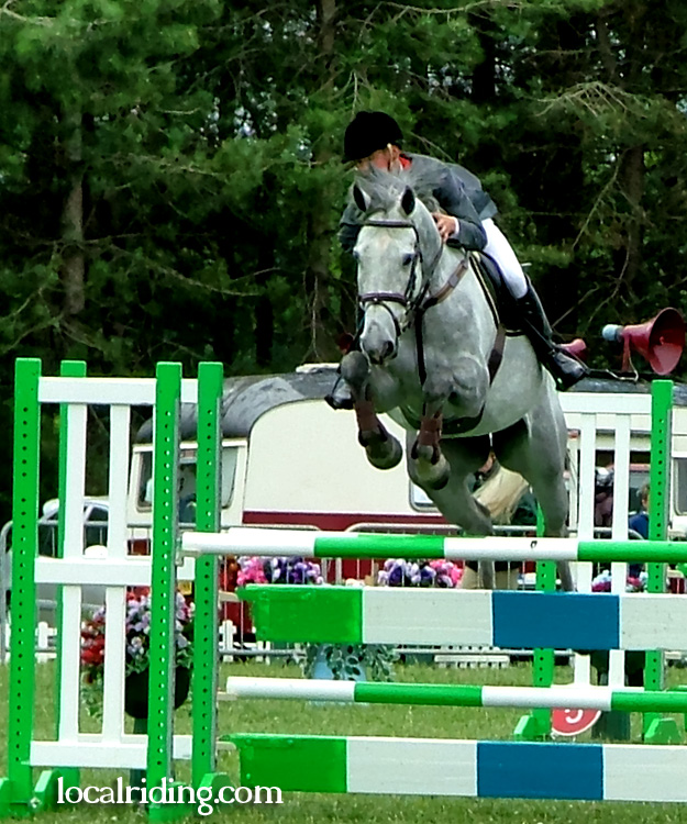 Robert Whittaker Show Jumping at Oldcotes
